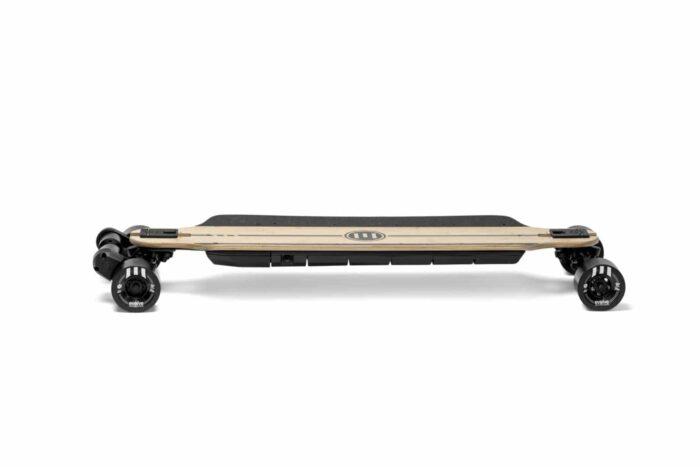 Evolve Skateboards GTR Bamboo Street Sverige