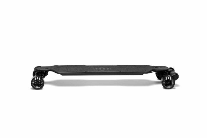 Evolve Skateboards GTR Carbon Street Sverige